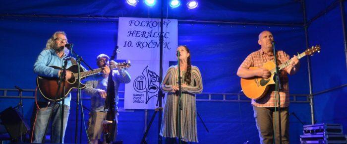 Fota z 10. Folkového setkání v Herálci 2016